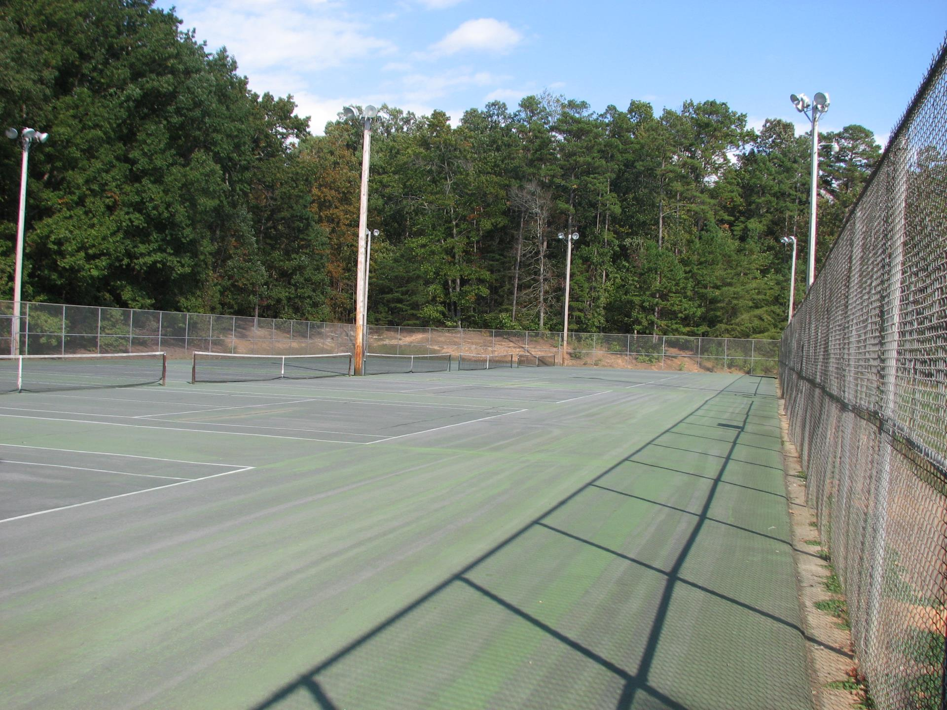 Morehead Tennis Courts